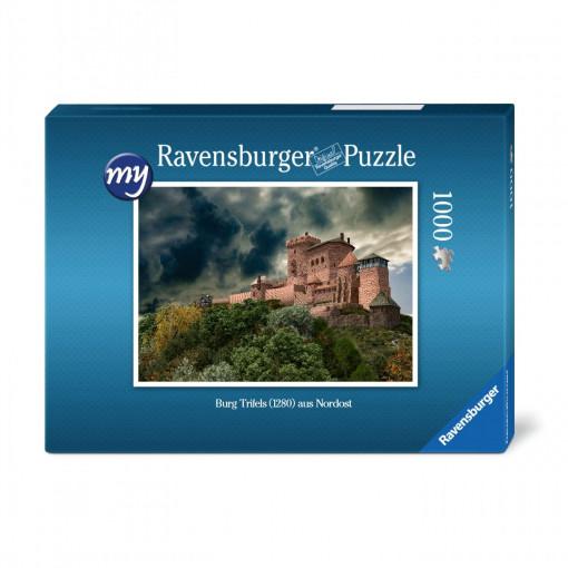 Für den fortgeschrittenen Puzzler: Puzzeln Sie die fotorealistische  Rekonstruktion der Reichsburg Trifels des Jahres 1280. Sie erhalten ein qualitätsvolles Ravensburger-Puzzle (1.000 Teile). Maße des fertigen Puzzles: 69